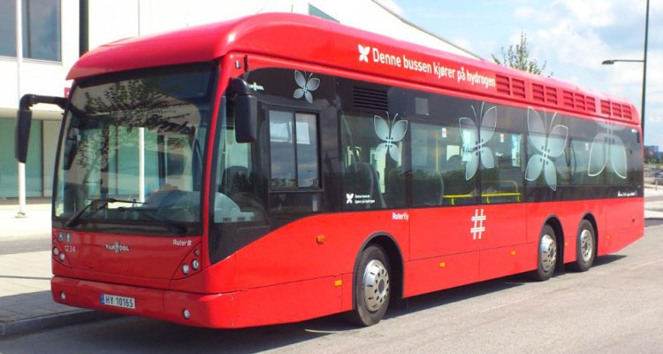 red-buss